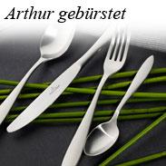 Arthur gebuerstet